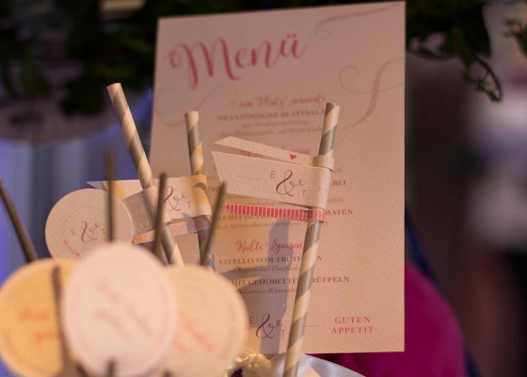 Individuelle Hochzeits-Papeterie Hannover | Save the date Einladungskarte Tischdeko